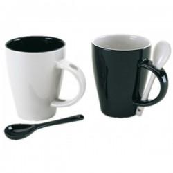 Sada hrnčekov na kávu s lyžičkami